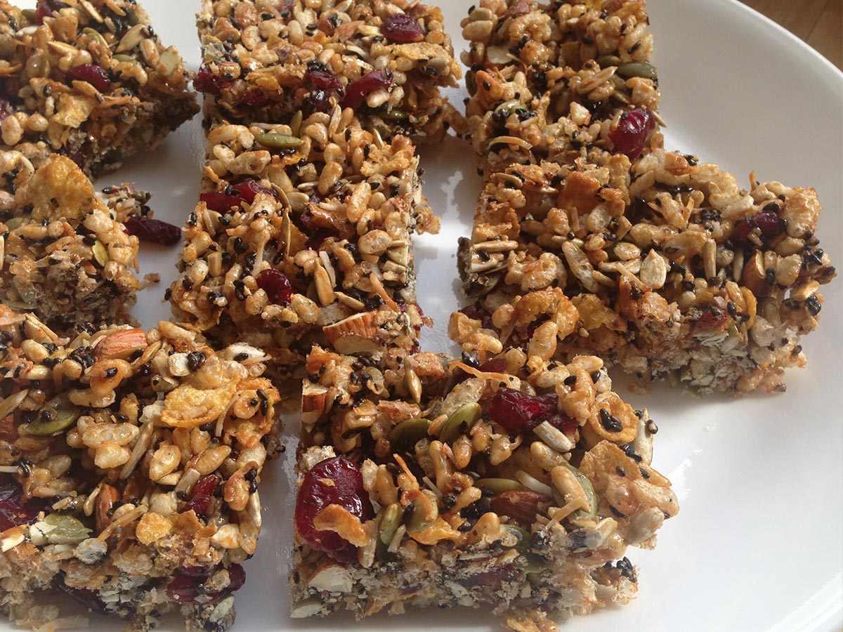 Cranberry and Carob Muesli Bar Recipe
